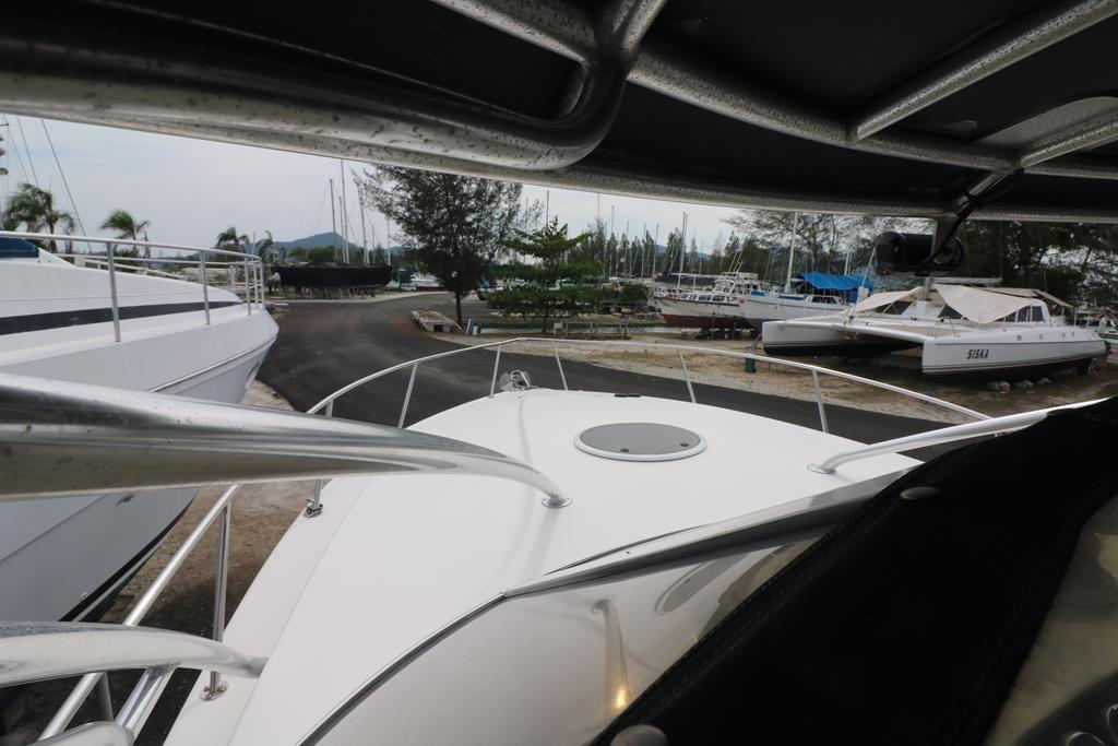 33 Sportfish Cruiser-24