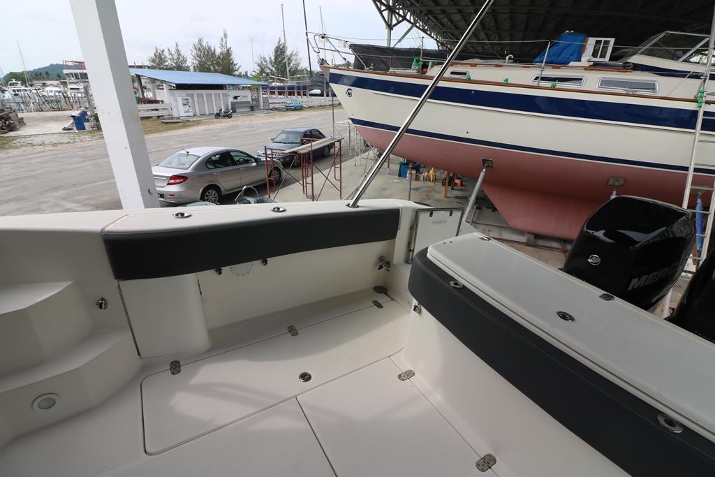 33 Sportfish Cruiser-13