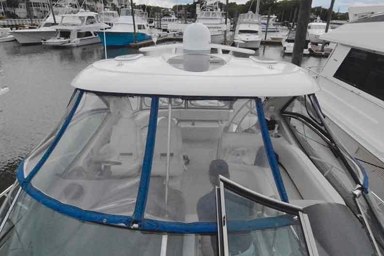 Cruisers Yachts 500 Express - Walk Thru Windshield
