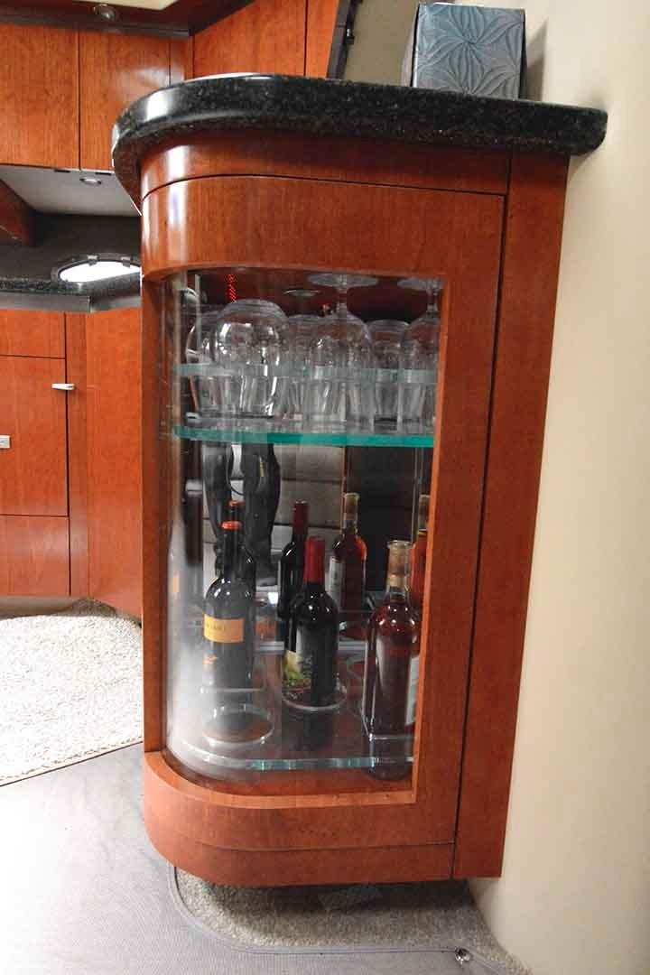 Cruisers Yachts 500 Express - Bottle and Glass Storage