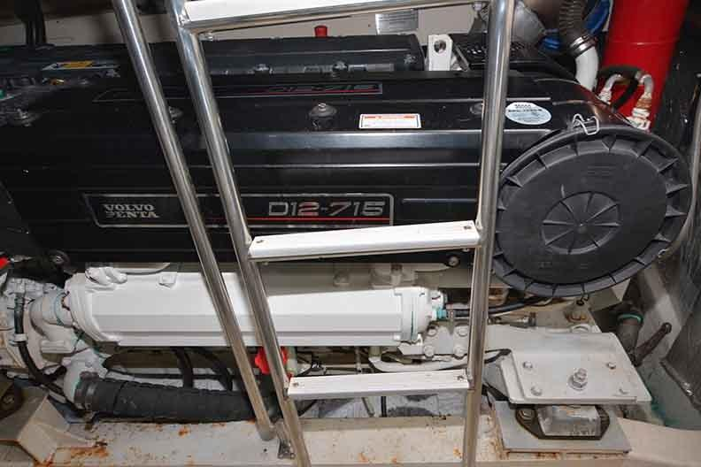 Cruisers Yachts 500 Express - Ladder into Engine Room