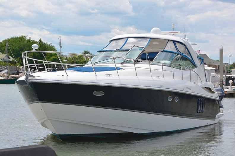 Cruisers Yachts 500 Express - Bow Profile Shot to Port