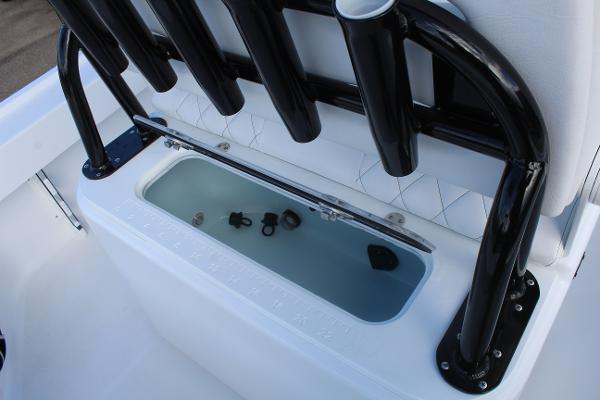 2020 Blazer boat for sale, model of the boat is 2700 HYBRID BAY & Image # 5 of 50