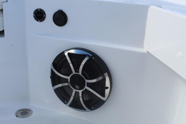 2020 Blazer boat for sale, model of the boat is 2700 HYBRID BAY & Image # 24 of 50