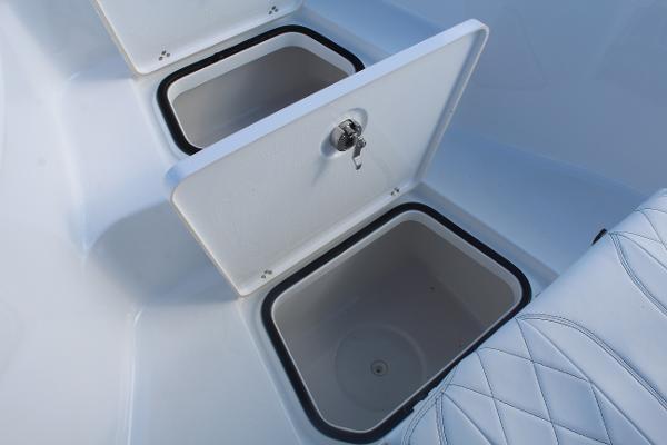 2020 Blazer boat for sale, model of the boat is 2700 HYBRID BAY & Image # 32 of 50