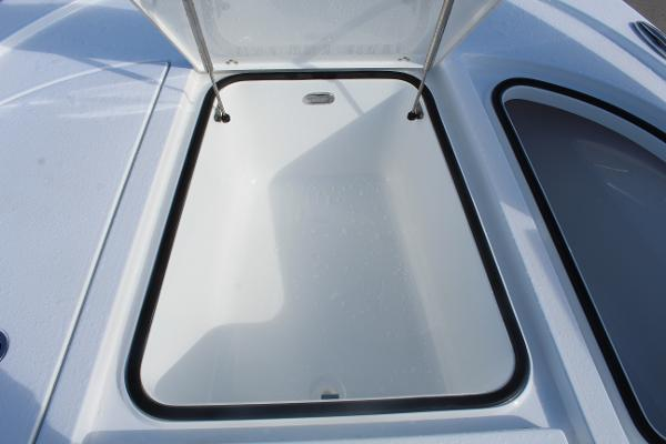 2020 Blazer boat for sale, model of the boat is 2700 HYBRID BAY & Image # 38 of 50