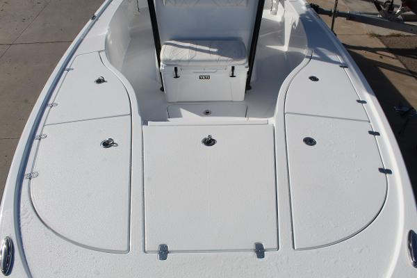 2020 Blazer boat for sale, model of the boat is 2700 HYBRID BAY & Image # 39 of 50