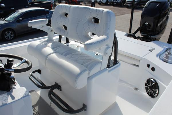 2020 Blazer boat for sale, model of the boat is 2700 HYBRID BAY & Image # 41 of 50