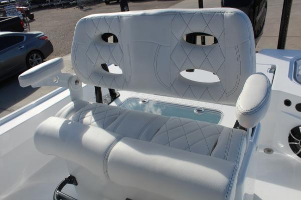 2020 Blazer boat for sale, model of the boat is 2700 HYBRID BAY & Image # 42 of 50