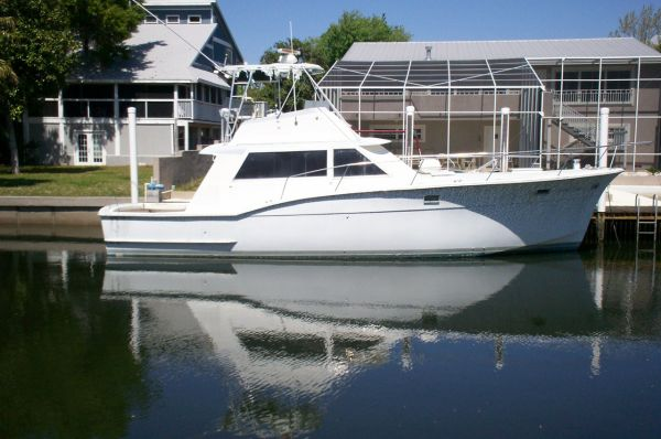 Hatteras - 45 Convertible Sports Fishing Boats. Listing Number: M-3489295