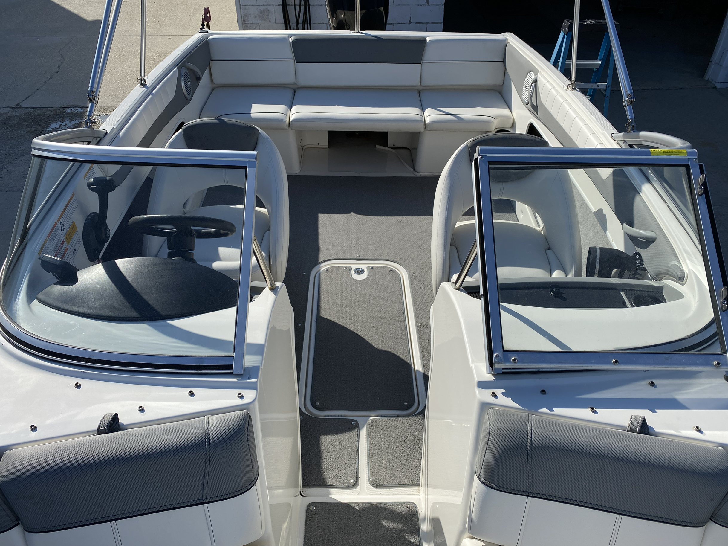 2014 Bayliner boat for sale, model of the boat is 190 Bowrider & Image # 5 of 10