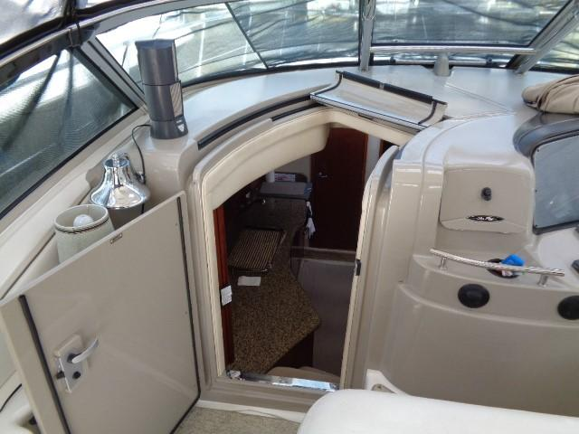 Sea Ray 40 Sundancer - salon enterance