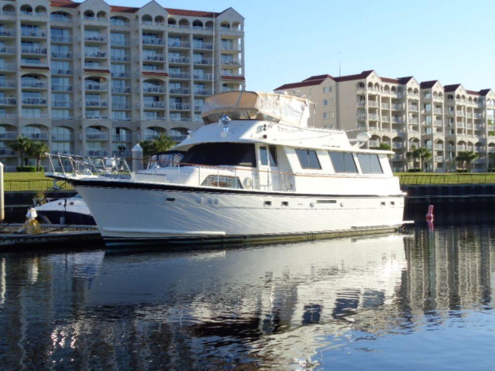Hatteras 61 Motor Yacht - Port Side