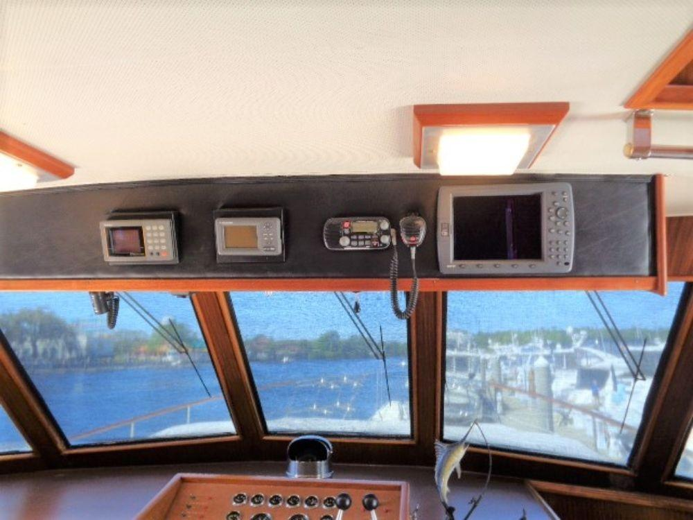 Hatteras 61 Motor Yacht - Pilothouse 3 updated electronics