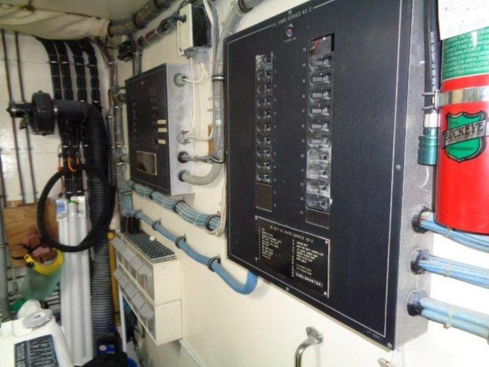 Hatteras 61 Motor Yacht - Port Engine Room, electric
