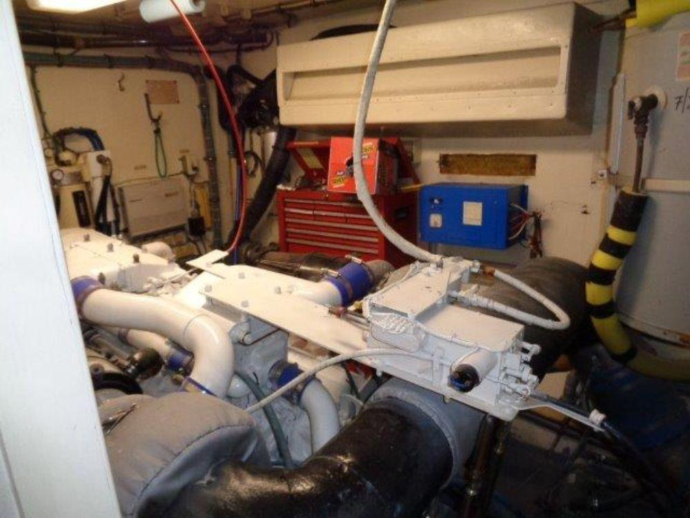 Hatteras 61 Motor Yacht - Starboard Engine Room structure wall