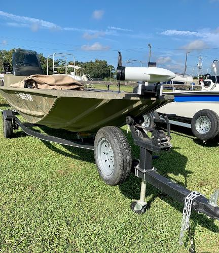 2018 Tracker Boats boat for sale, model of the boat is Grizzly 1648 SC & Image # 2 of 12