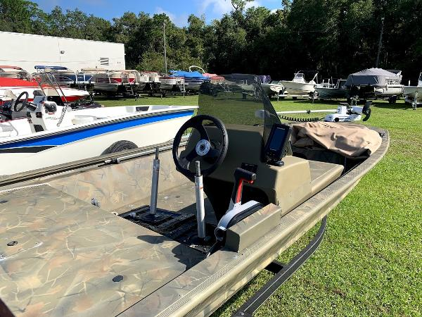 2018 Tracker Boats boat for sale, model of the boat is Grizzly 1648 SC & Image # 11 of 12