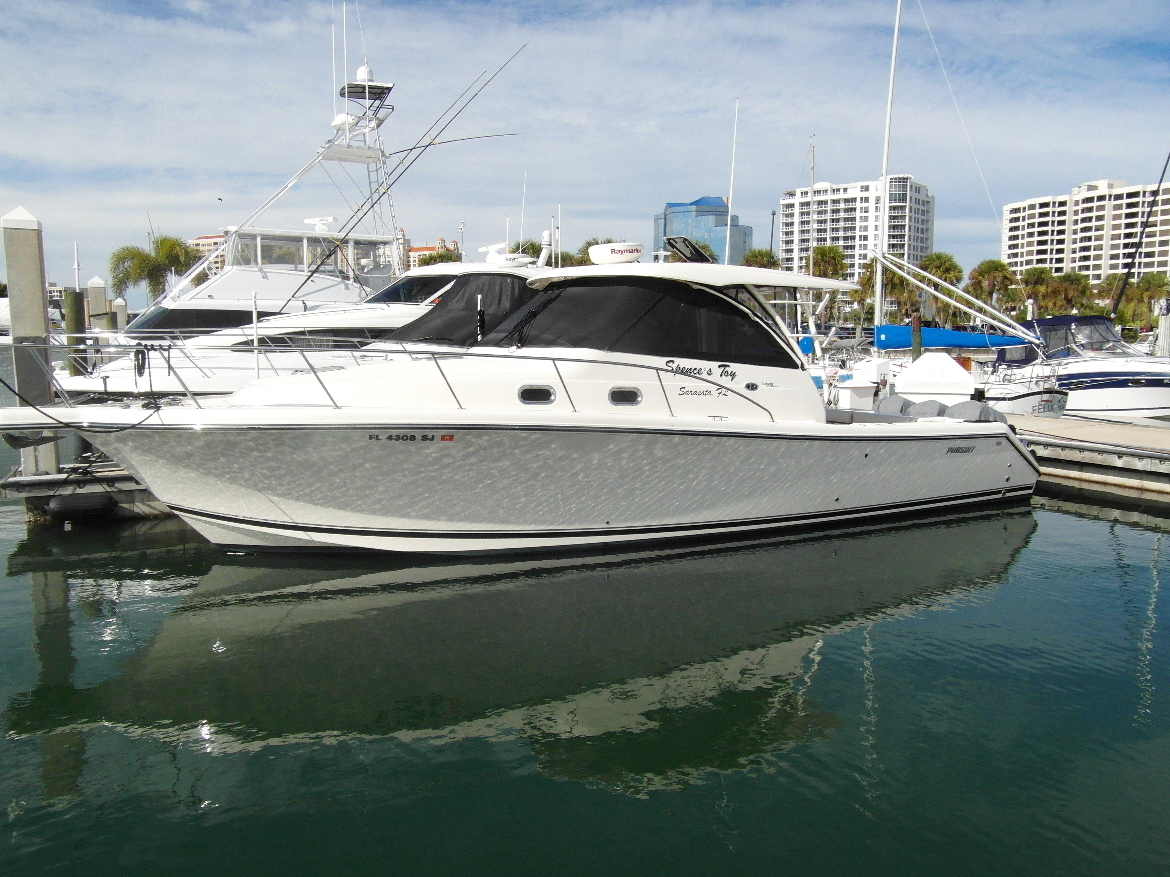 38' Pursuit 2014 OS 385 Offshore