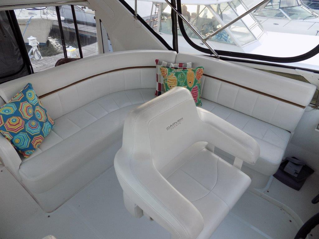 44 Carver 2002 444 Cockpit Motor Yacht Yacht For Sale In