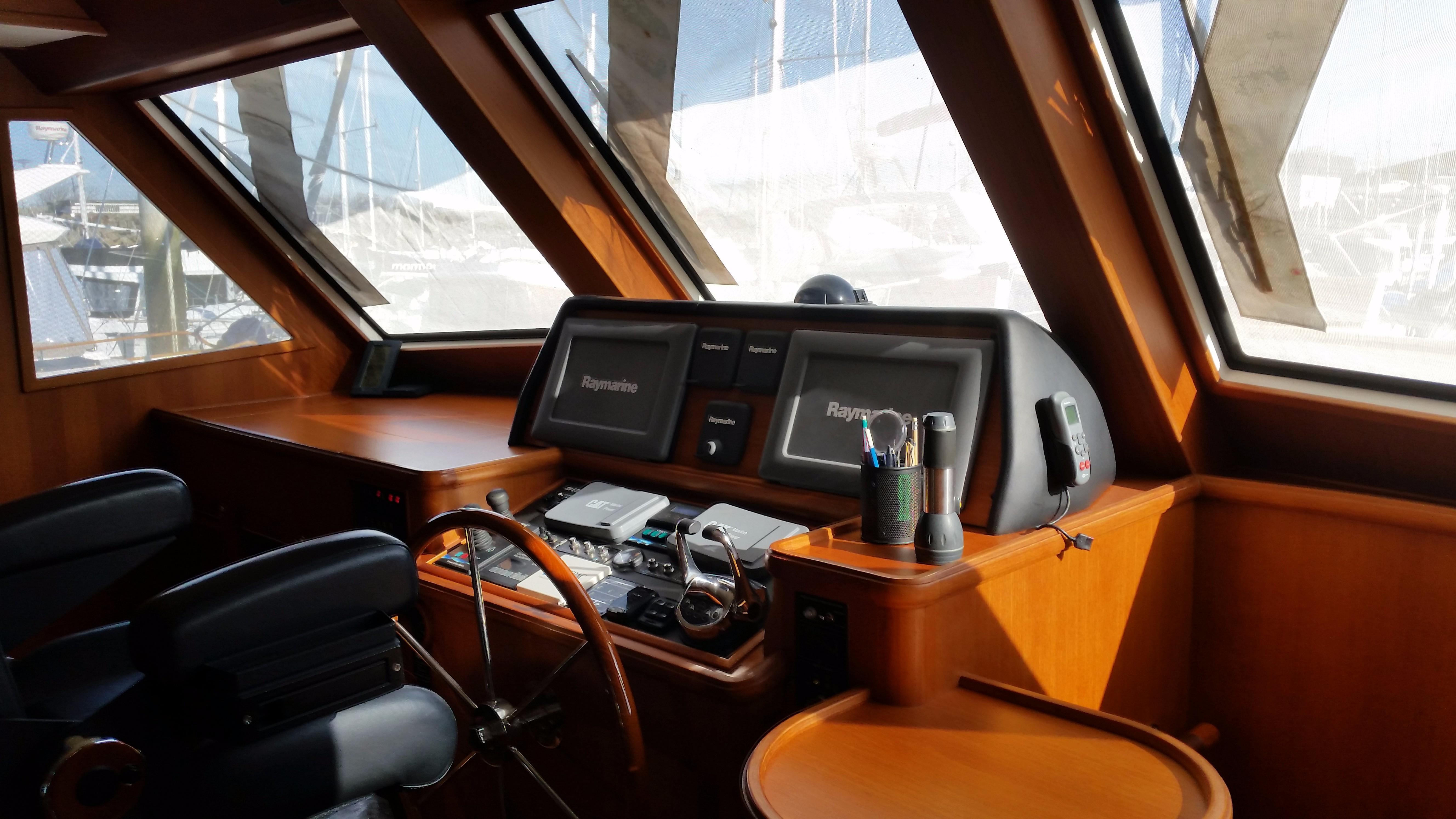 59 Grand Banks Inside Steering
