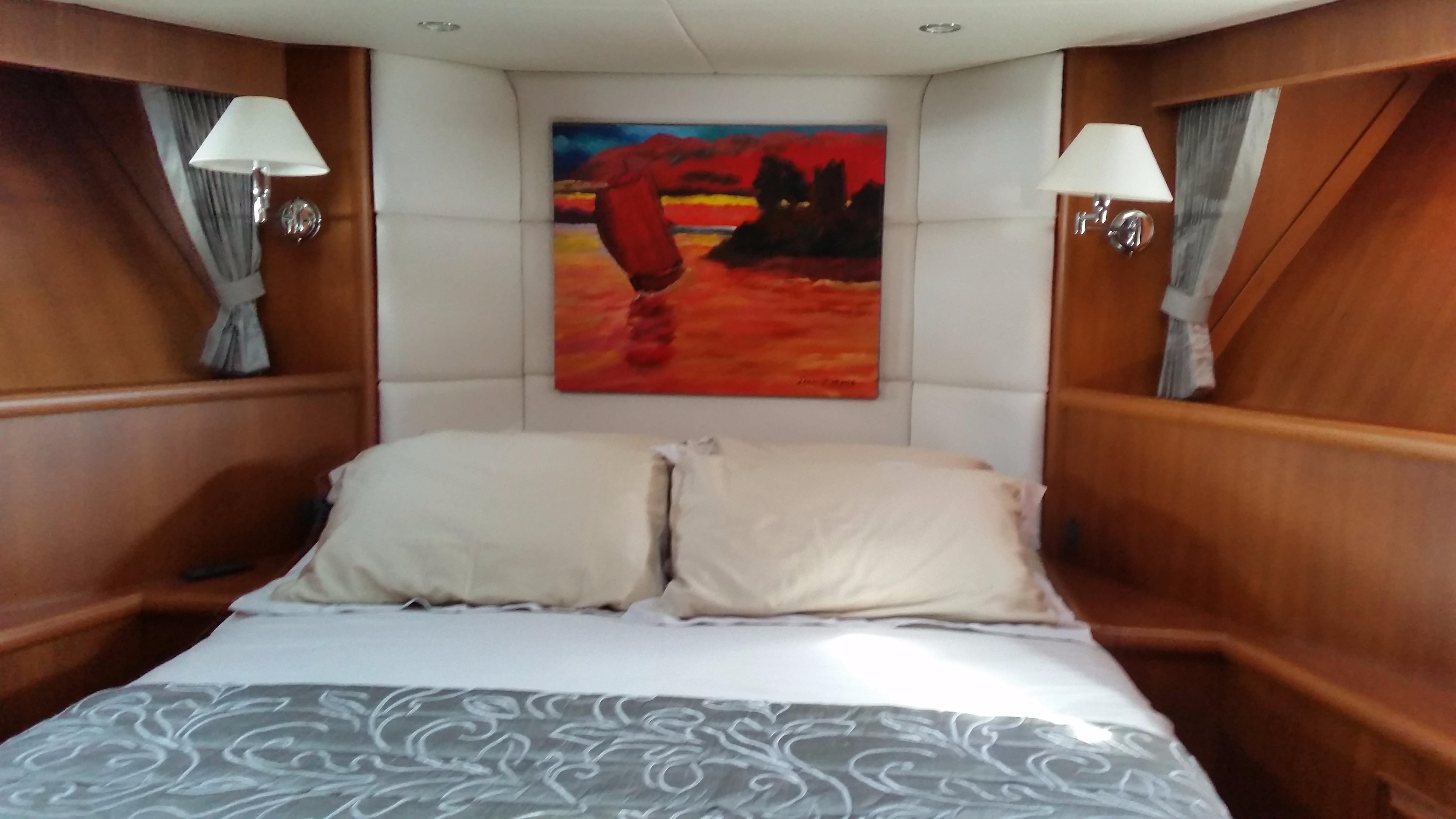 59 Grand Banks VIP Cabin