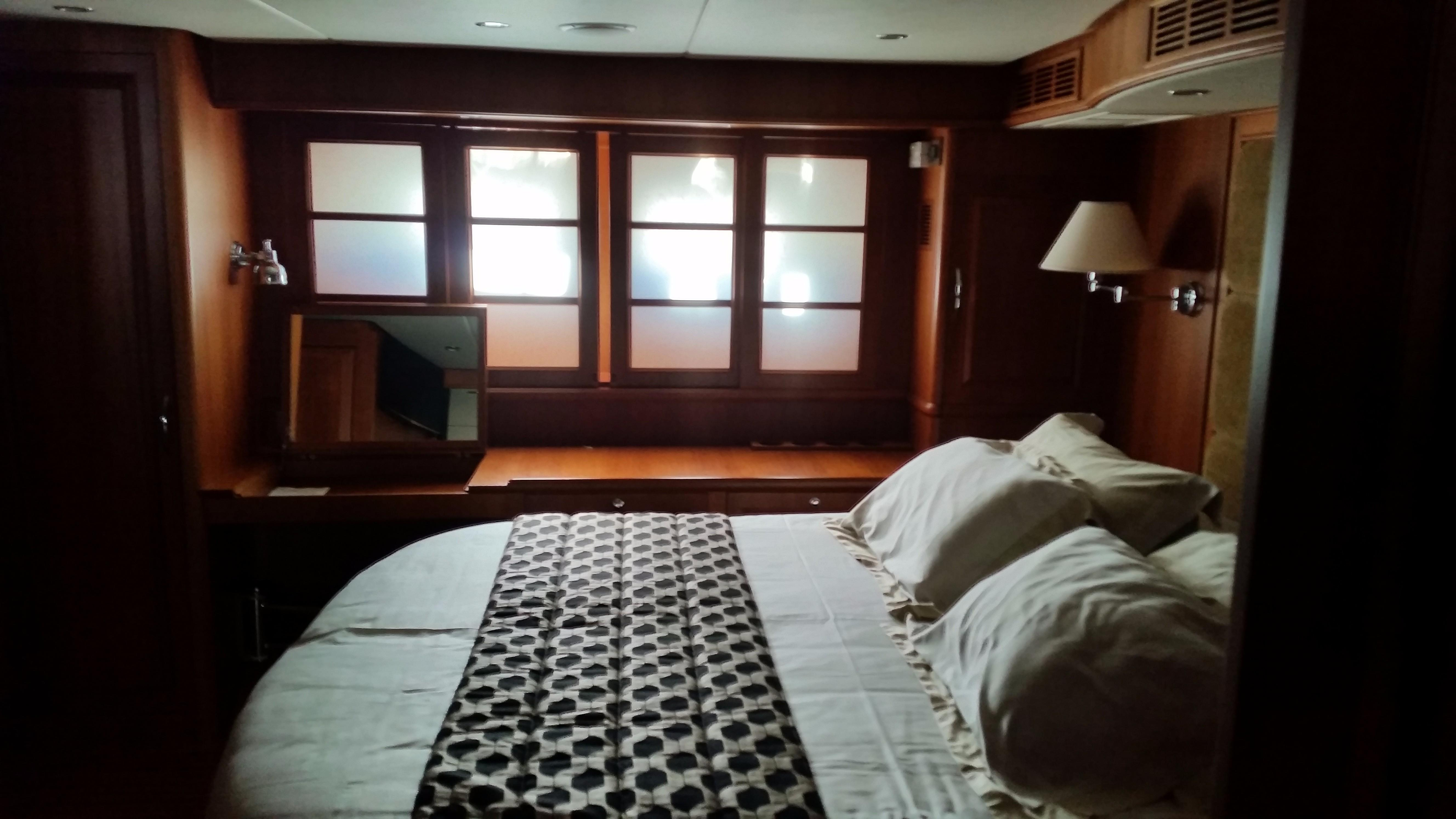 59 Grand Banks Master Suite