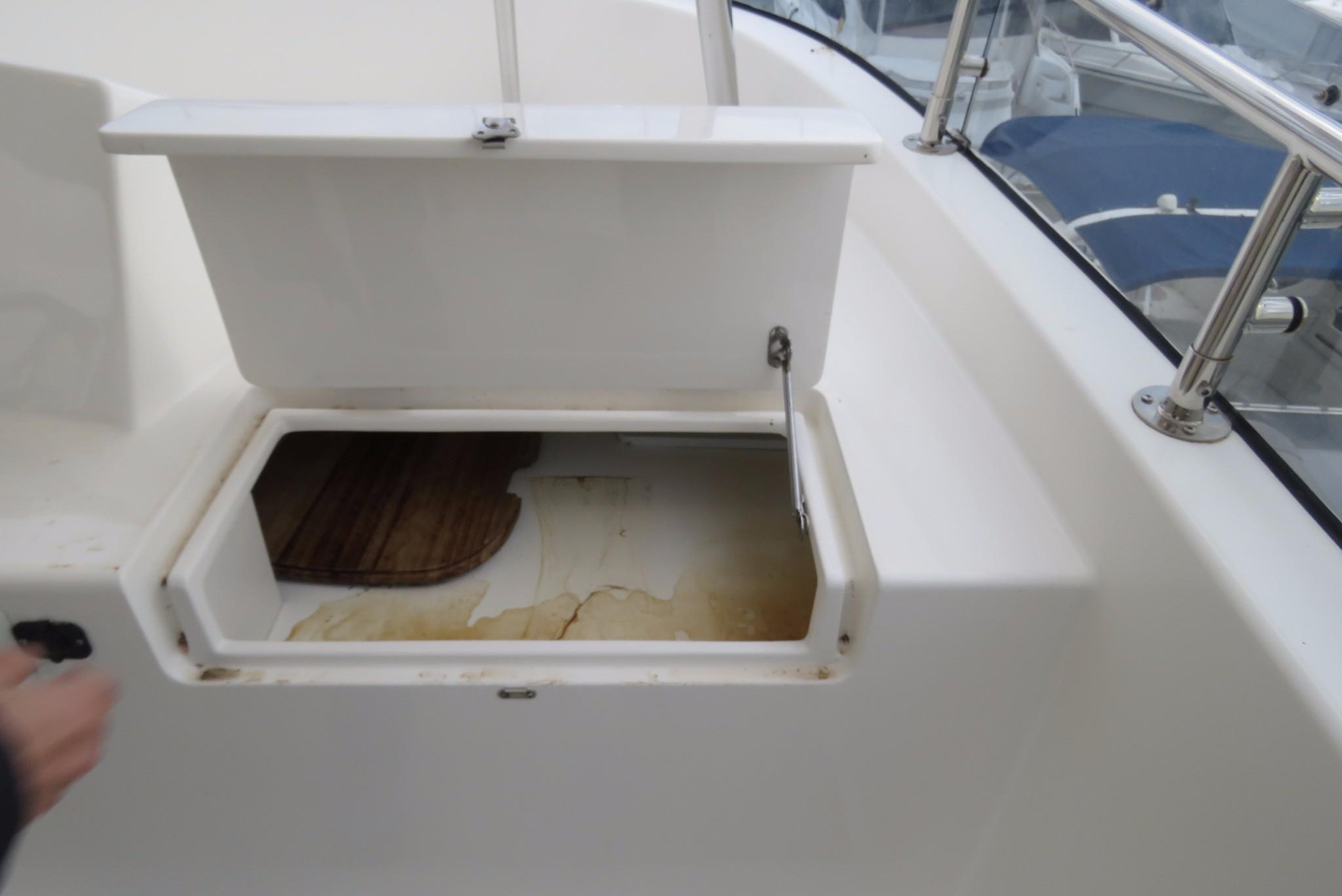 59 Grand Banks Storage on Fly