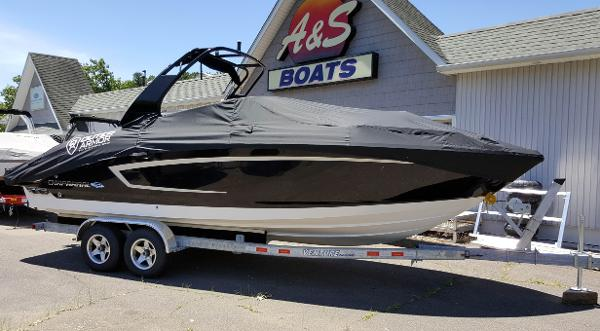 2016 Chaparral boat for sale, model of the boat is 257 SSX & Image # 1 of 12