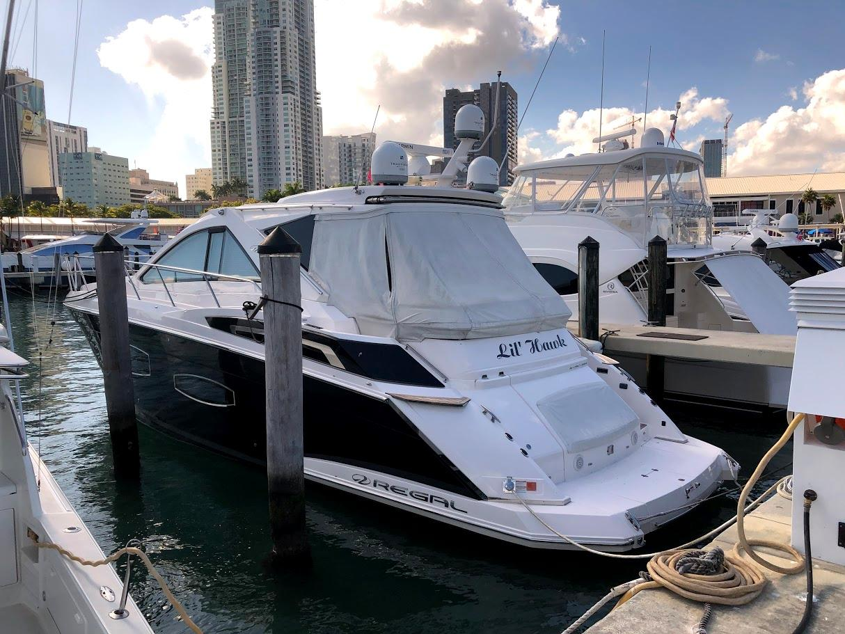 53 ft Regal 53 SC Seen one yet? Call me!
