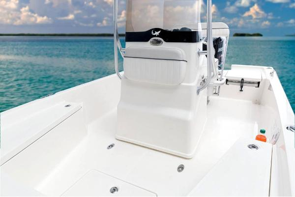 2017 Mako boat for sale, model of the boat is 19 CPX & Image # 38 of 66
