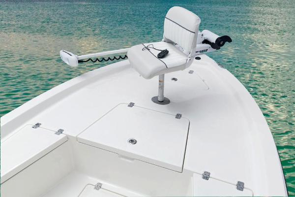 2017 Mako boat for sale, model of the boat is 19 CPX & Image # 27 of 66