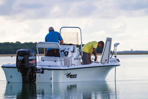 2017 Mako boat for sale, model of the boat is 19 CPX & Image # 65 of 66