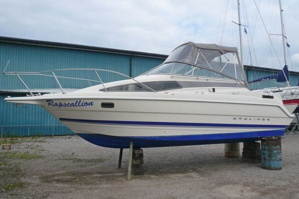 Bayliner 2655 Ciera boat for sale