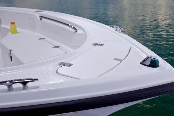 2017 Mako boat for sale, model of the boat is 184 CC & Image # 27 of 40