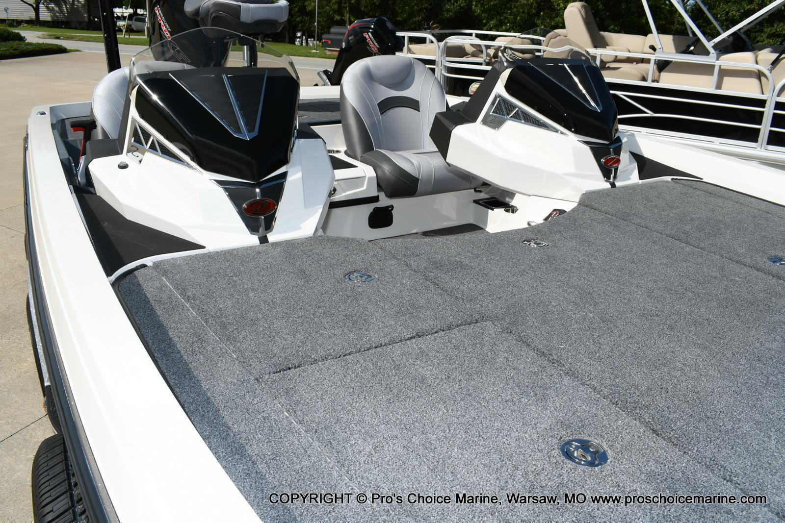 2020 Ranger Boats boat for sale, model of the boat is Z520L Ranger Cup & Image # 10 of 50