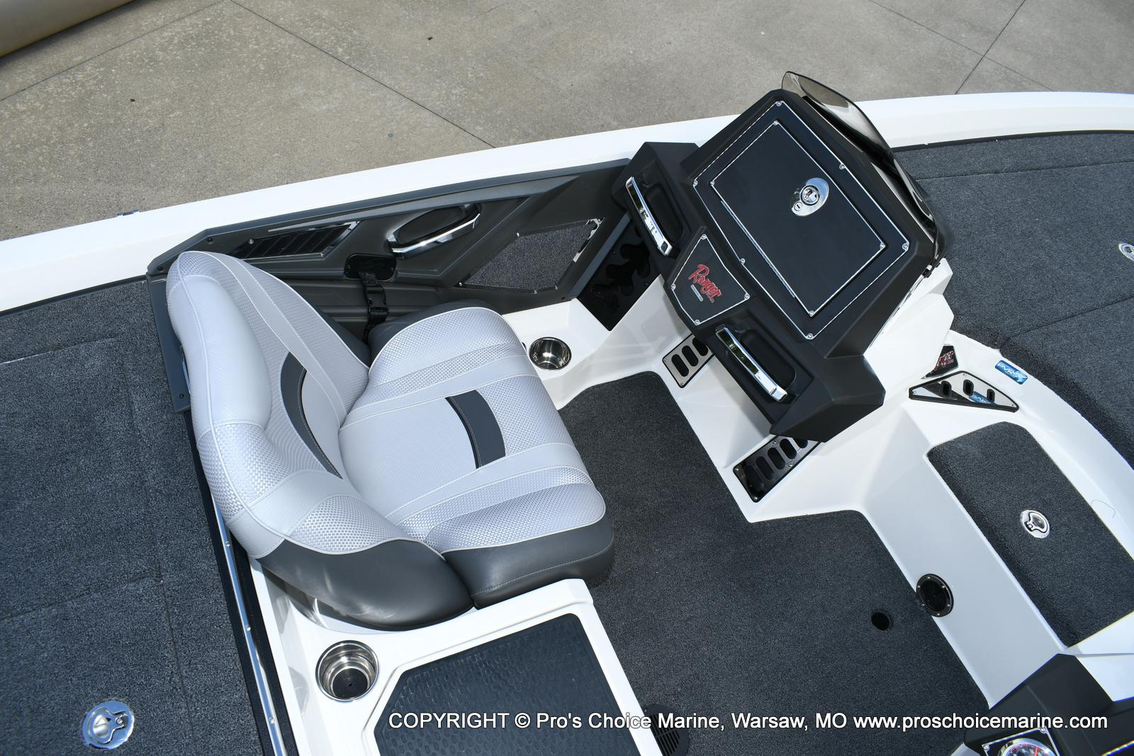 2020 Ranger Boats boat for sale, model of the boat is Z520L Ranger Cup & Image # 13 of 50