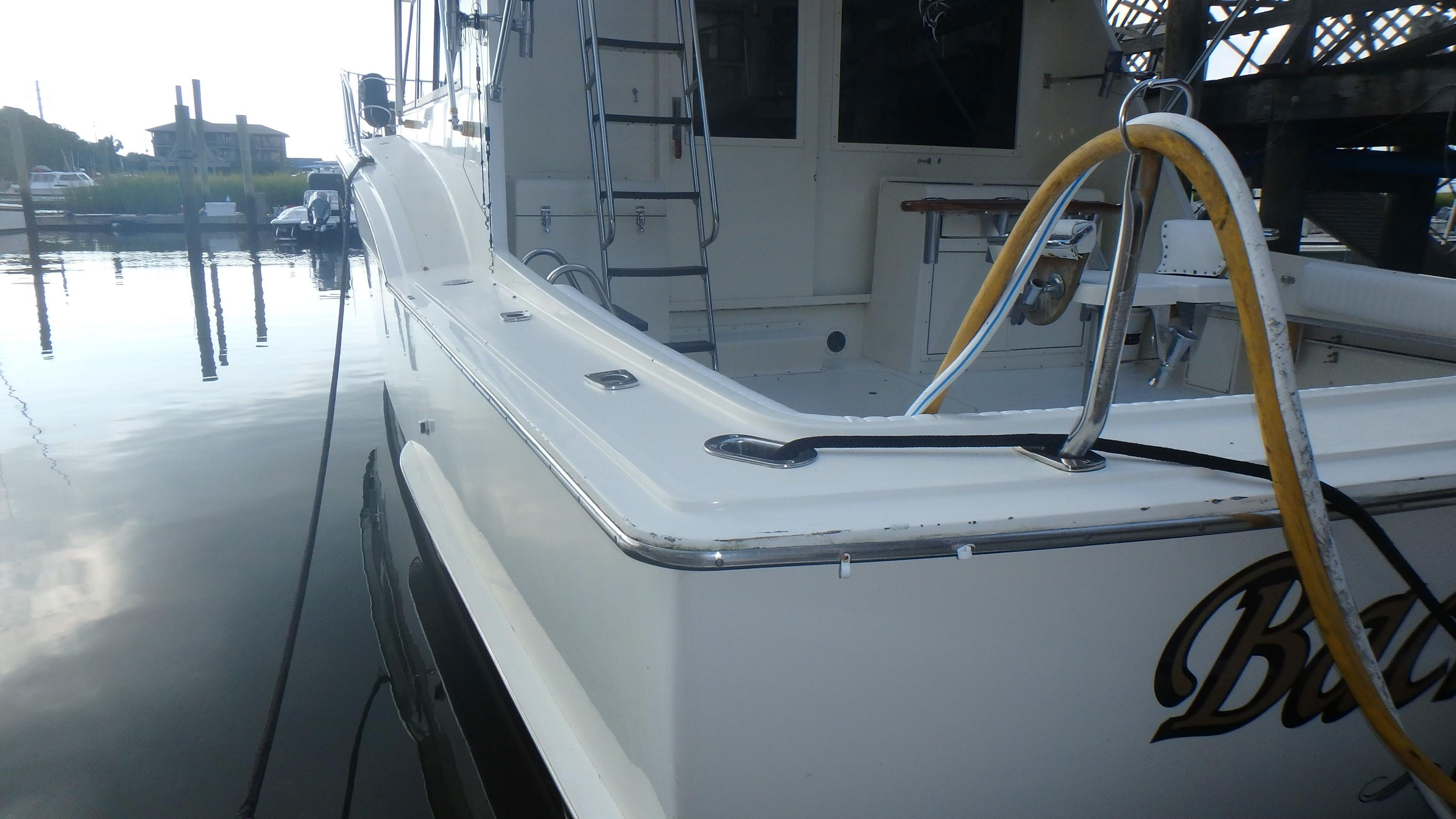 Hatteras 45 Convertible - Photo: #30