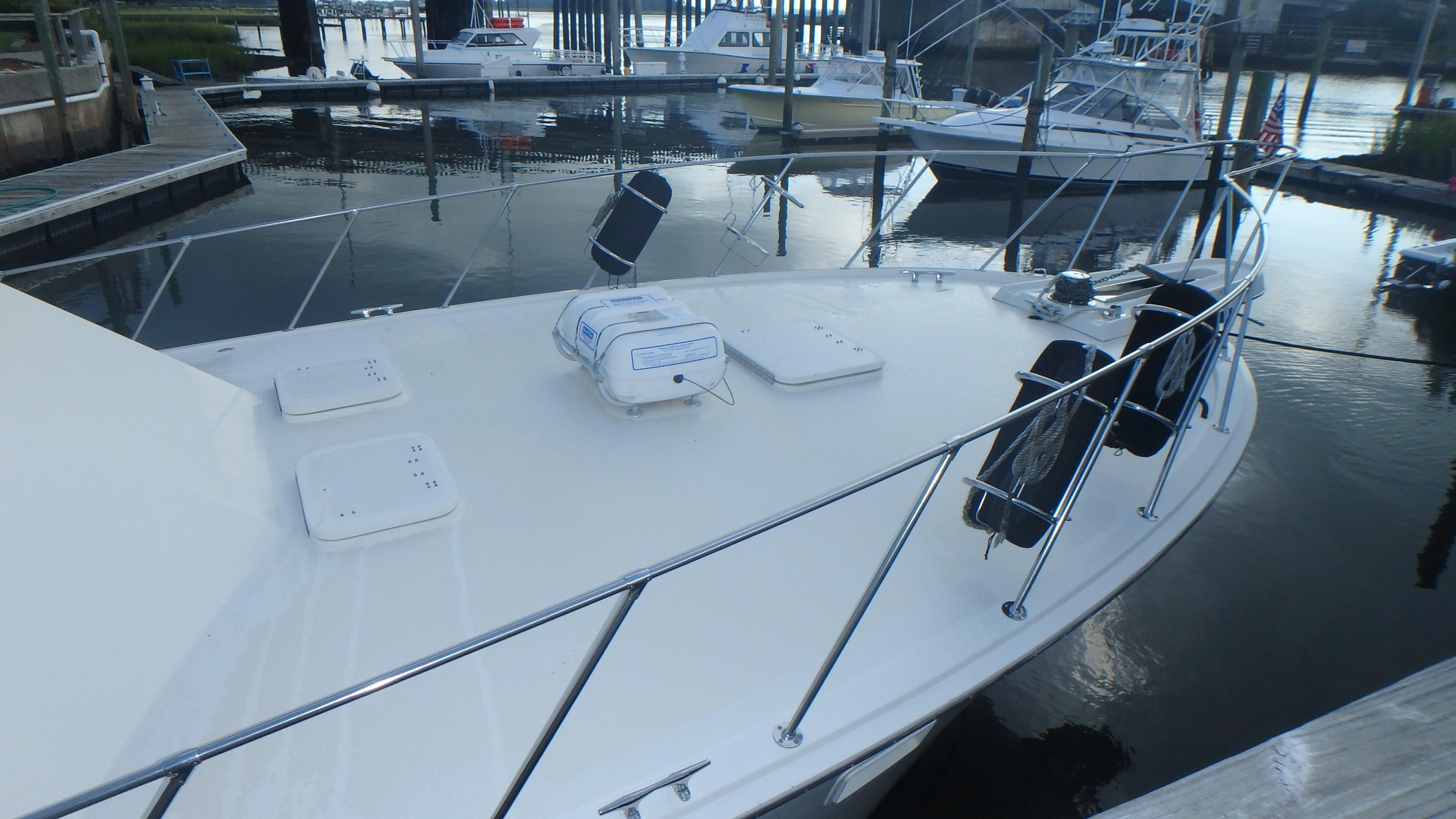 Hatteras 45 Convertible - Photo: #5