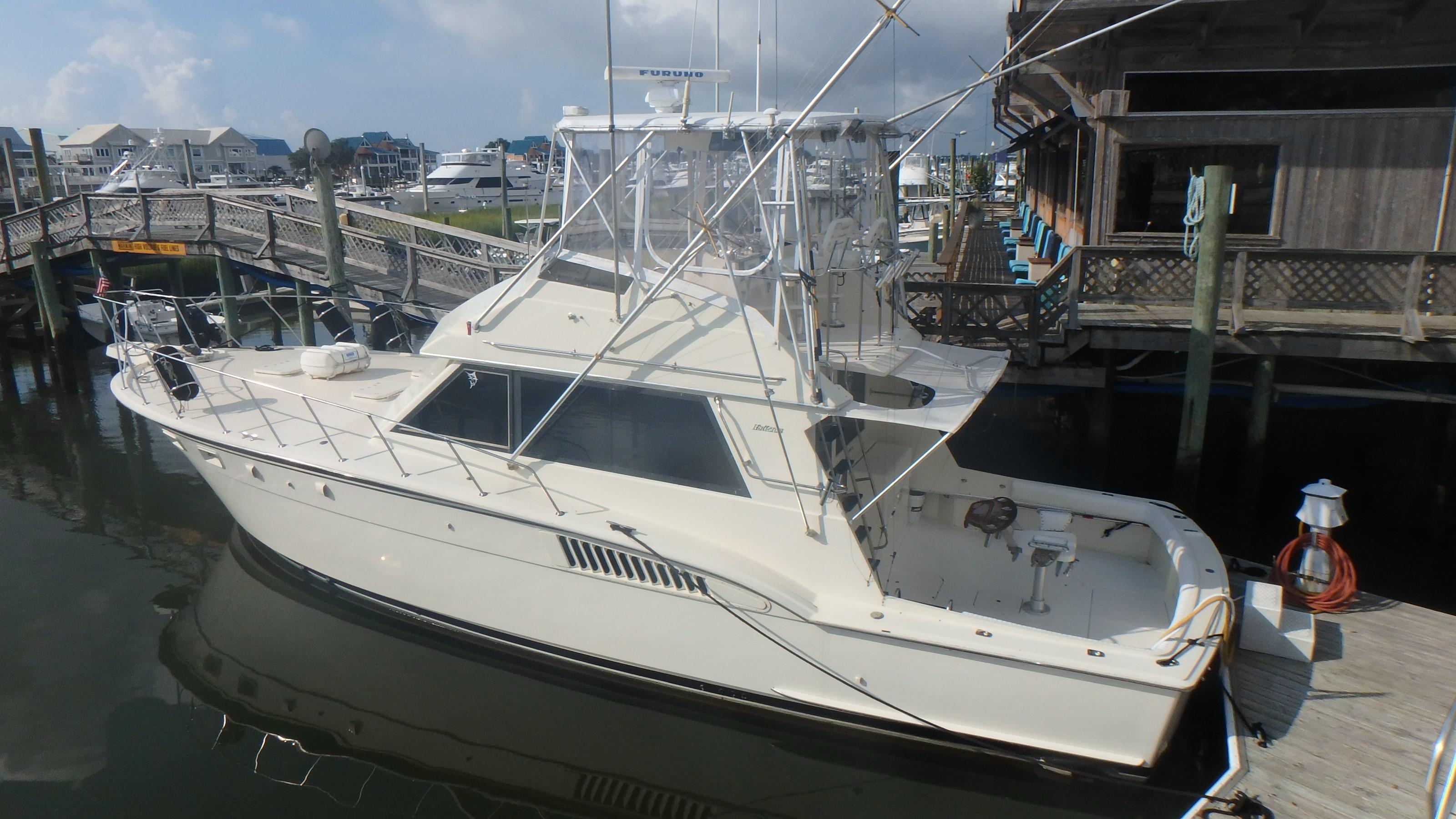 Hatteras 45 Convertible - Photo: #2