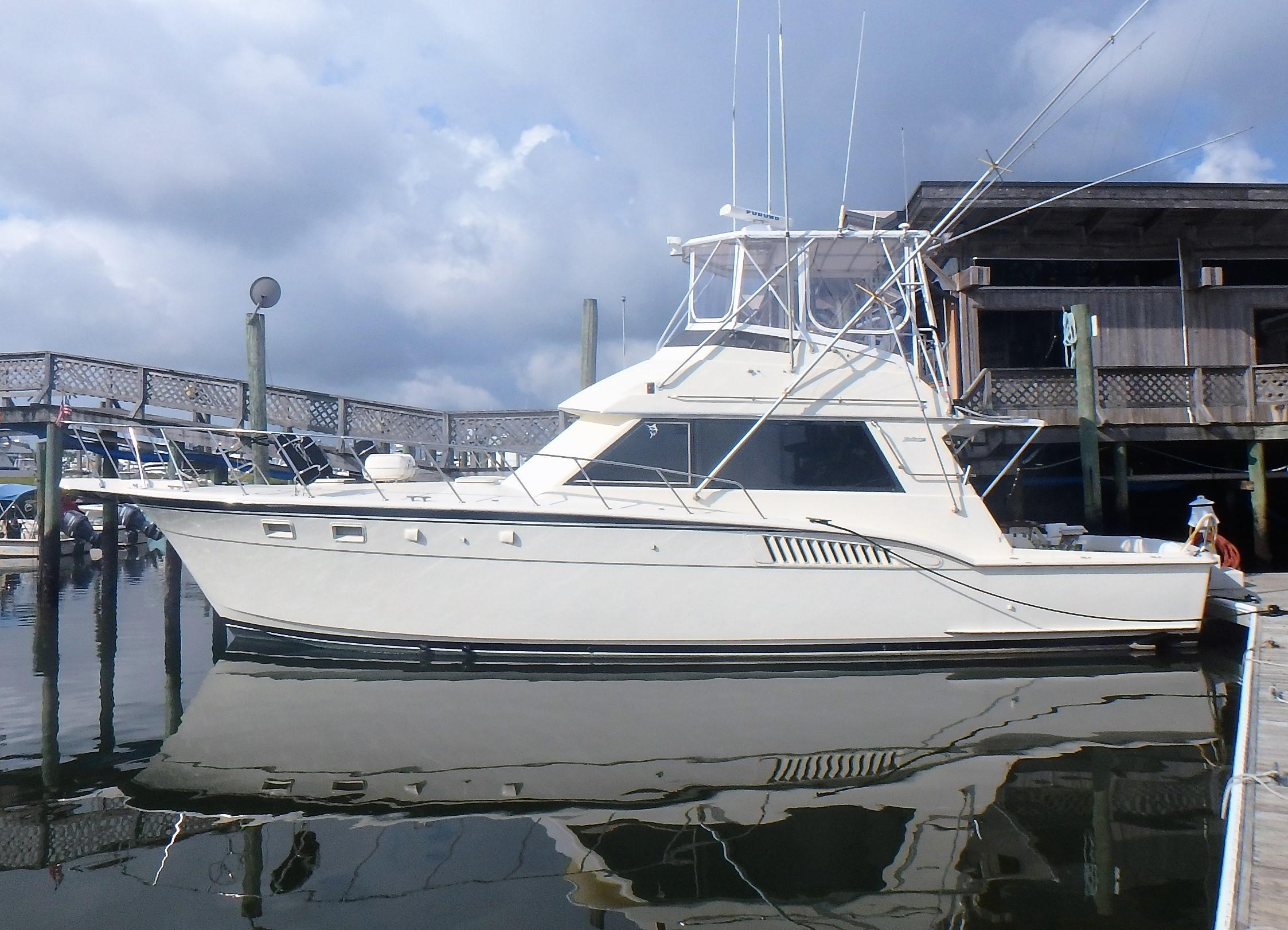 Hatteras 45 Convertible - Photo: #1