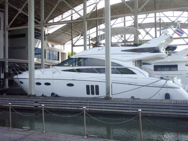 Princess Yacht P54 Thailand - Under Cover