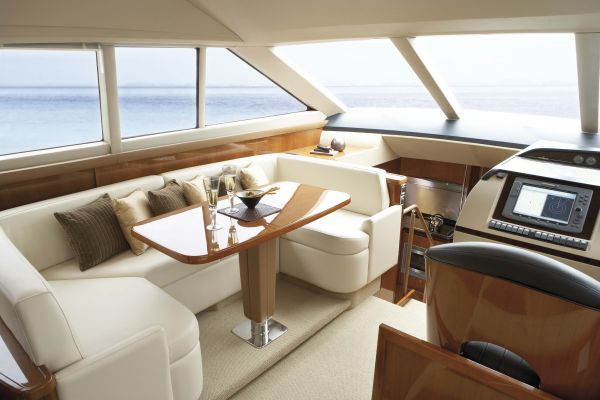 Princess Yacht P54 Thailand - Raised dinette