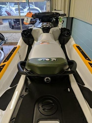 2020 Sea Doo PWC boat for sale, model of the boat is Fish Pro™ IBR & Image # 3 of 5