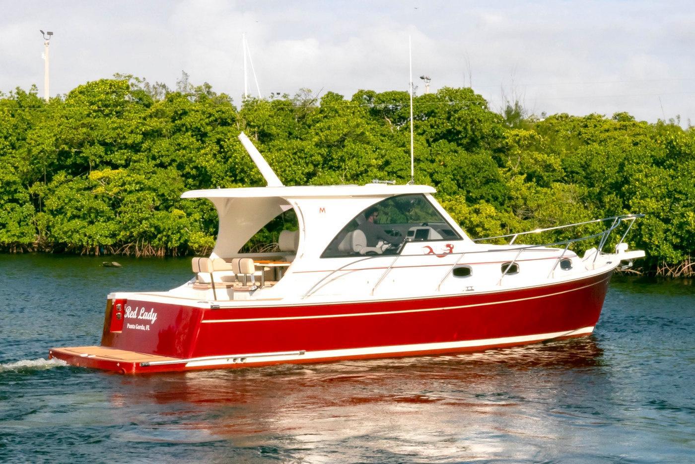 Marlow mainship