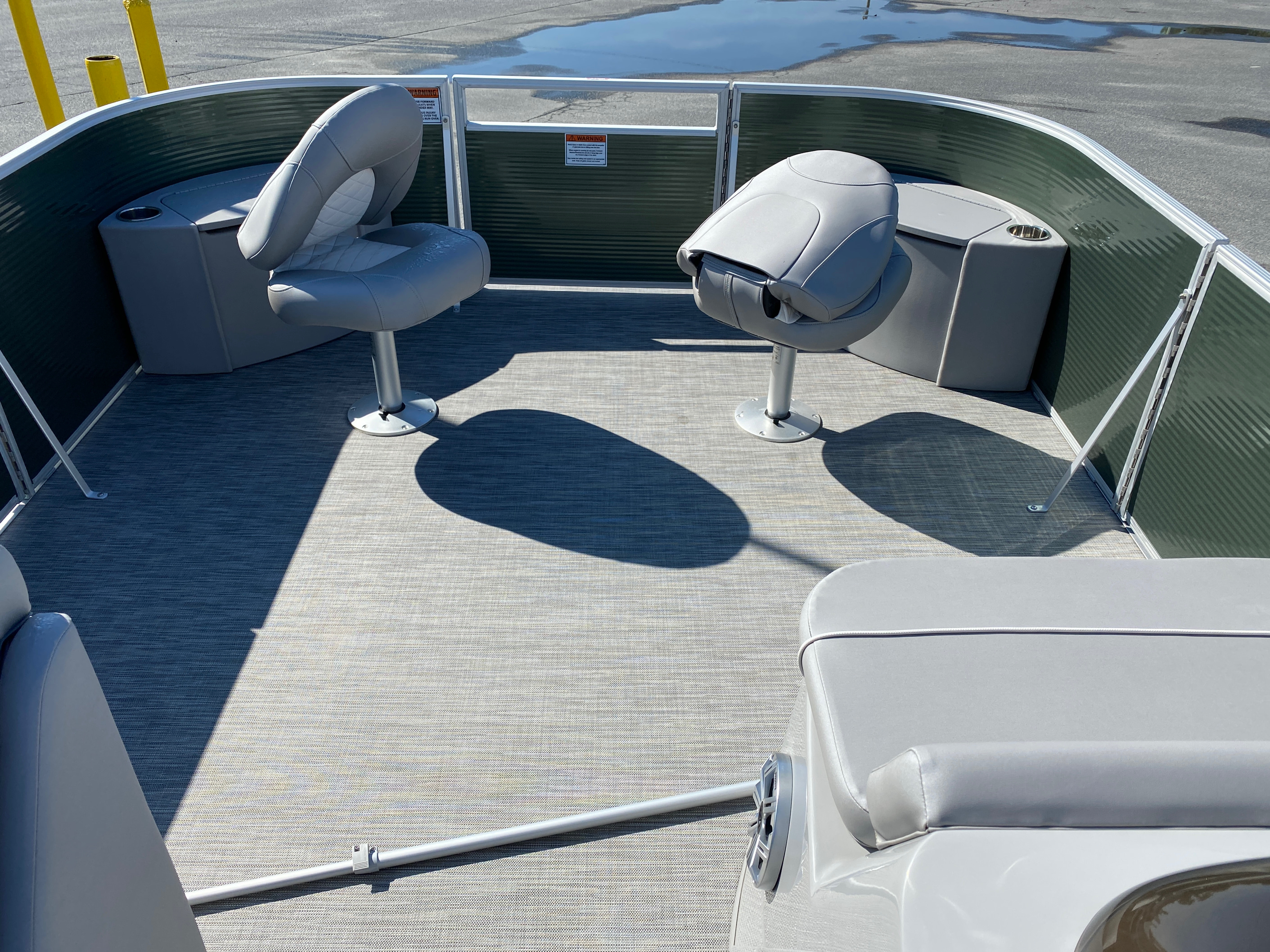 2020 Bennington boat for sale, model of the boat is 23 SFXAPGP - Dual Stern Gates Elliptical Toon & Image # 10 of 10