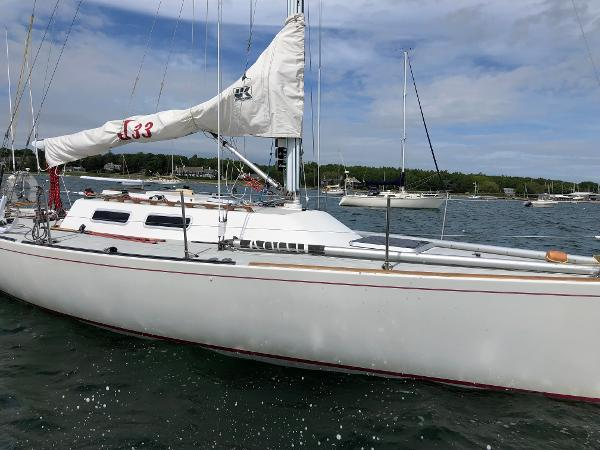 J Boats J/33 Buy Rhode Island