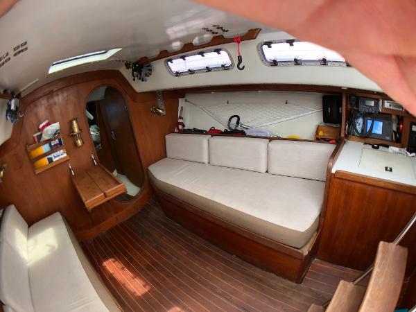 J Boats J/33 Buy Purchase