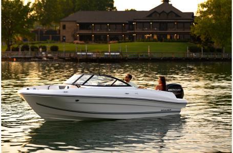 2020 Bayliner boat for sale, model of the boat is VR4 BOWRIDER & Image # 15 of 33