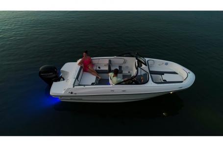 2020 Bayliner boat for sale, model of the boat is VR4 BOWRIDER & Image # 1 of 33